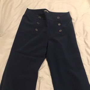Express cropped navy button front pants